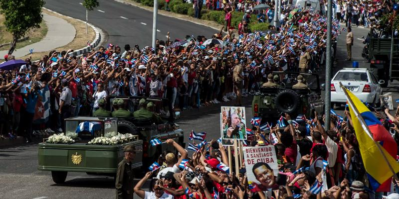MBL – Desfile Velório de Fidel 2